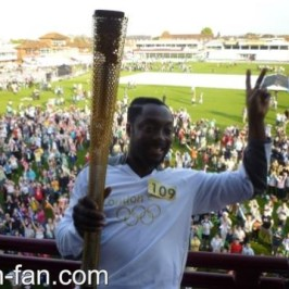 will.i.am at Olympic torch relay