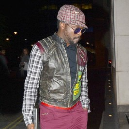 will.i.am arriving to hotel in London