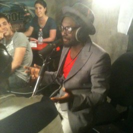 will.i.am on Skyrock FM