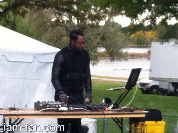 will.i.am DJing in Denver
