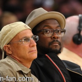 will.i.am attended basketball game