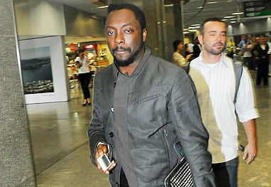 will.i.am arrived at Rio