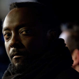 will.i.am supports Barack Obama