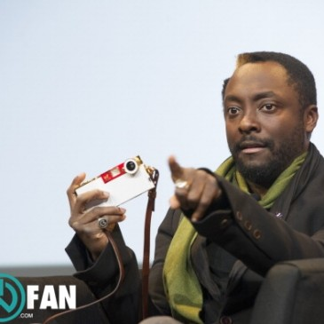 will.i.am talks at Mac World