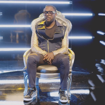 will.i.am gets VEVO certified