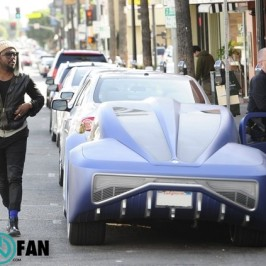 will.i.am out in Hollywood