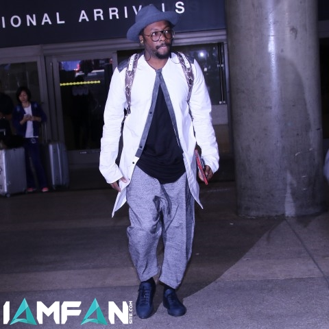 will.i.am at LAX